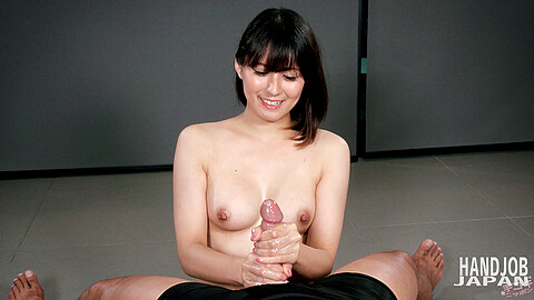 ツバキいろは Uncensored Handjob